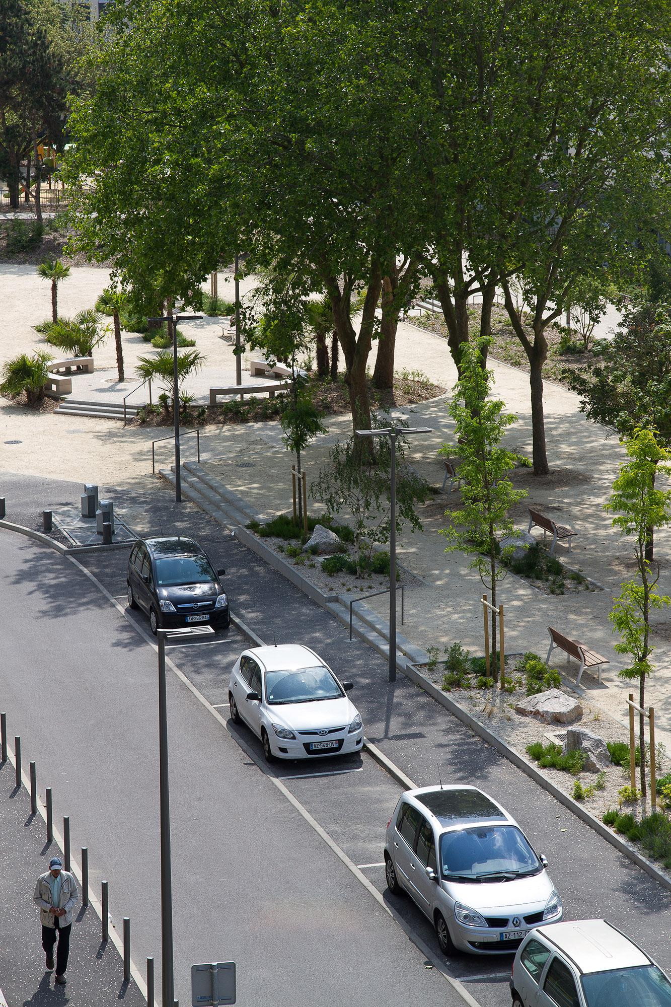 Le cours Arago et la rue de Galilée